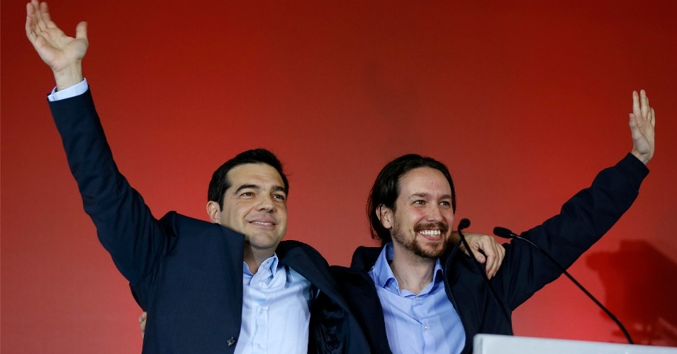 Alex Tsipras of Syriza poses with Pablo Iglesias of Podemos, January 2015. Syriza would later be forced to accept austerity measures from the EU, while Podemos remains locked with other Spanish parties in the inability to form a government. (Photo: Yannis Behrakis, Reuters)